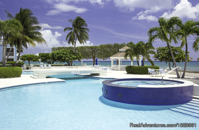Grandview Condominiums - 1-3 BR Condos, Seven Mile Beach, Grand Cayman