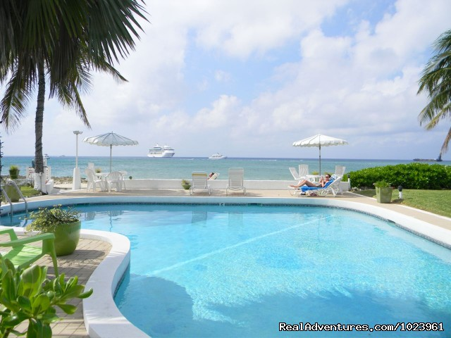 Cocoplum Condominiums - 1-3 BR Condos, Seven Mile Beach, Grand Cayman