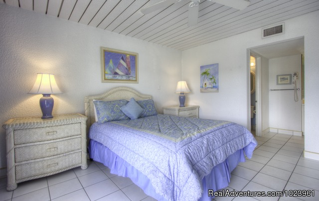 Sunset Cove Condos - 1-3 BR Condos, Seven Mile Beach, Grand Cayman