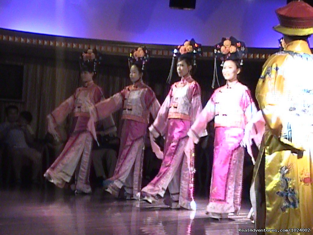 Ethnic Dancers | Image #18/26 | China Group and Private Tours