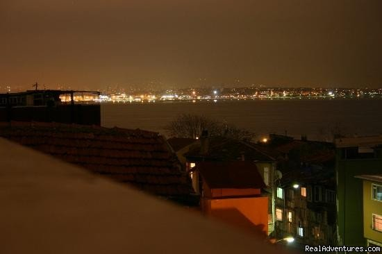 Night view of Asia side from hotel terrace | Image #10/19 | Hotel Tashkonak Istanbul