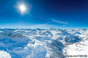 Val d'Isere Tourist Office Skiing & Snowboarding Val d\'Isere, France