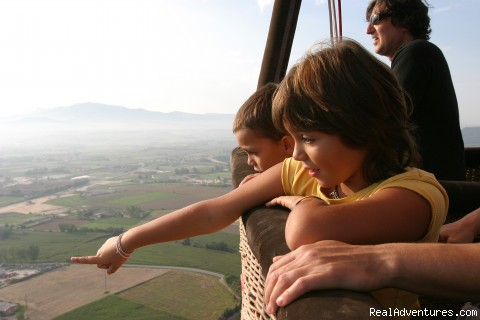 Image #7 of 7 - Hotair Ballooning Tours in Barcelona, Catalunya