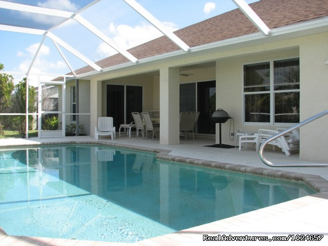 Pool and Patio - Villa Florence close to Fort Myers and beaches