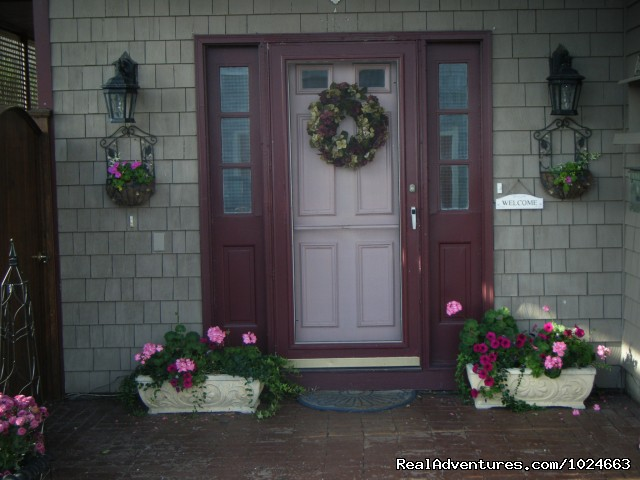 Murray House front door - Murray House Bed & Breakfast: It's a Special Place