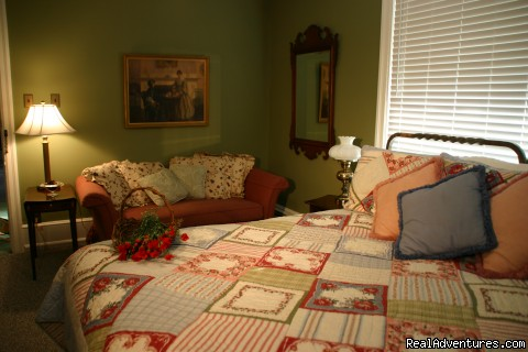 Room 4 (#2 of 13) - Carisbrooke Inn Bed & Breakfast