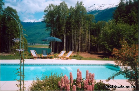Heated Pool - Mulvehill Creek Wilderness Inn and Wedding Chapel