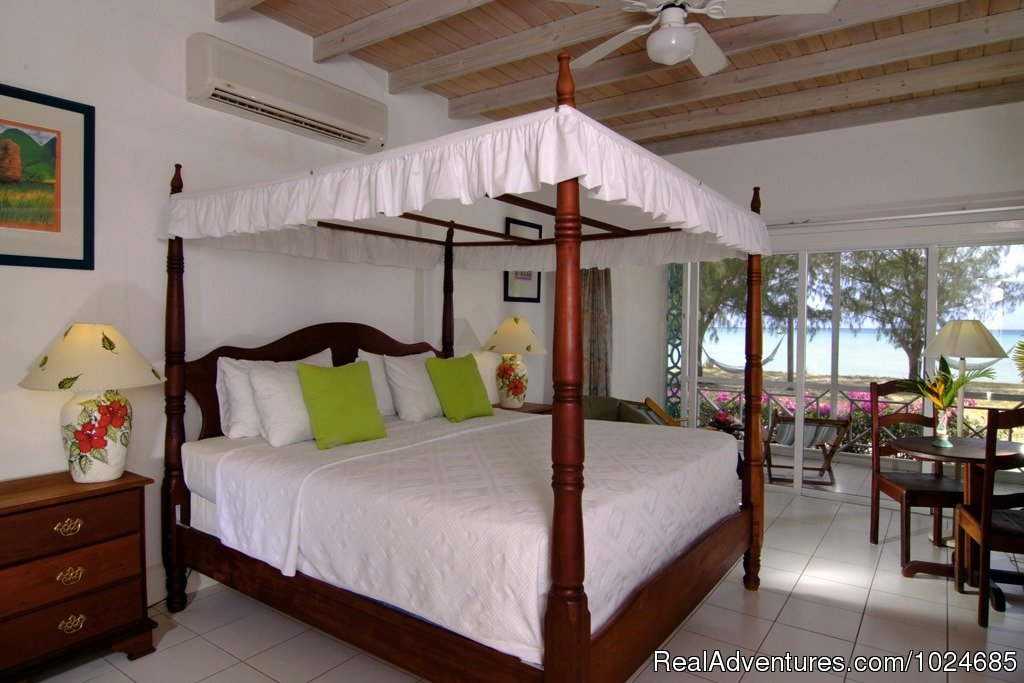 Premier Room | Image #2/16 | Oualie Beach Resort, Nevis