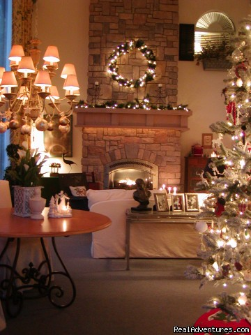 Christmas in the Country - Romance & Spa Getaways at Lost Mountain Lodge