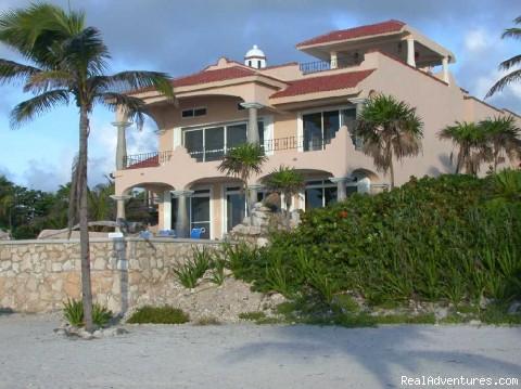 Riviera Maya Villa & Condo rentals Luxurious Oceanfront Villas