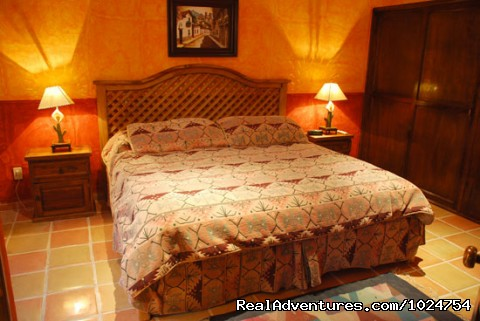 Comfortable luxury without the pricetag. - Casa Colonial, Cozumel Vacation Villas