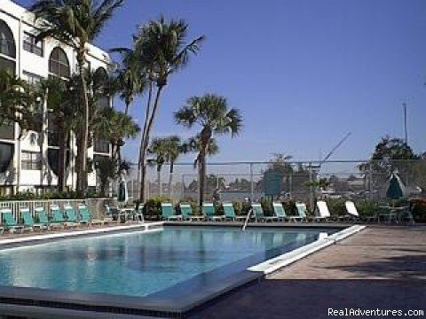 !st  Pool/spa & Waterfront Tennis | Image #3/18 | Marco Island Waterfront Fun Anglers Cove Resort
