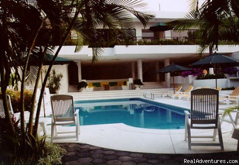 Swiming Pool | Image #6/11 | La Casa Blanca Guesthouse