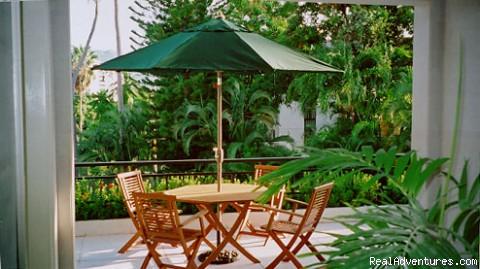 Private Veranda - La Casa Blanca Guesthouse