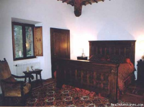 King Bedroom - Villa Sant'Andrea Cortona