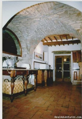 Kitchen entrance - Villa Sant'Andrea Cortona