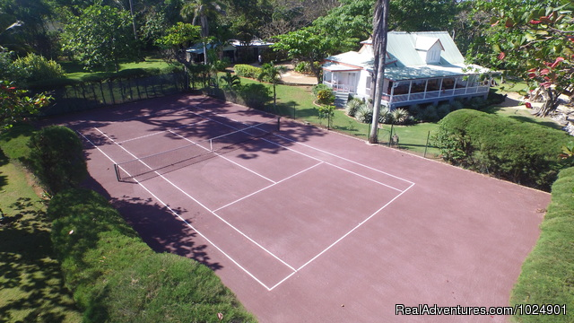 House from above - Llantrissant - A Negril Beachhouse