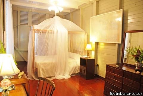 Main bedroom - Llantrissant - A Negril Beachhouse