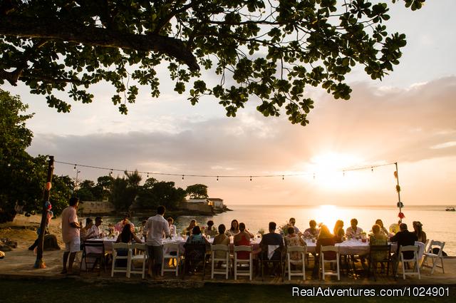Veranda dining - Llantrissant - A Negril Beachhouse