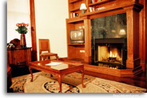 Barbara Jordan Suite - Brava House Bed & Breakfast
