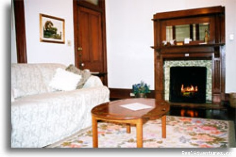 Emily Morgan Suite - Brava House Bed & Breakfast