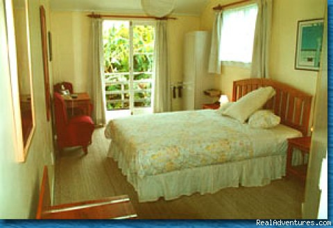 Bedroom - Auckland Bed&Breakfast Hotel
