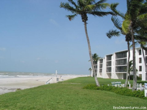 Enjoy Sea and Sand on Sanibel Island: Beach scene on Sanibel