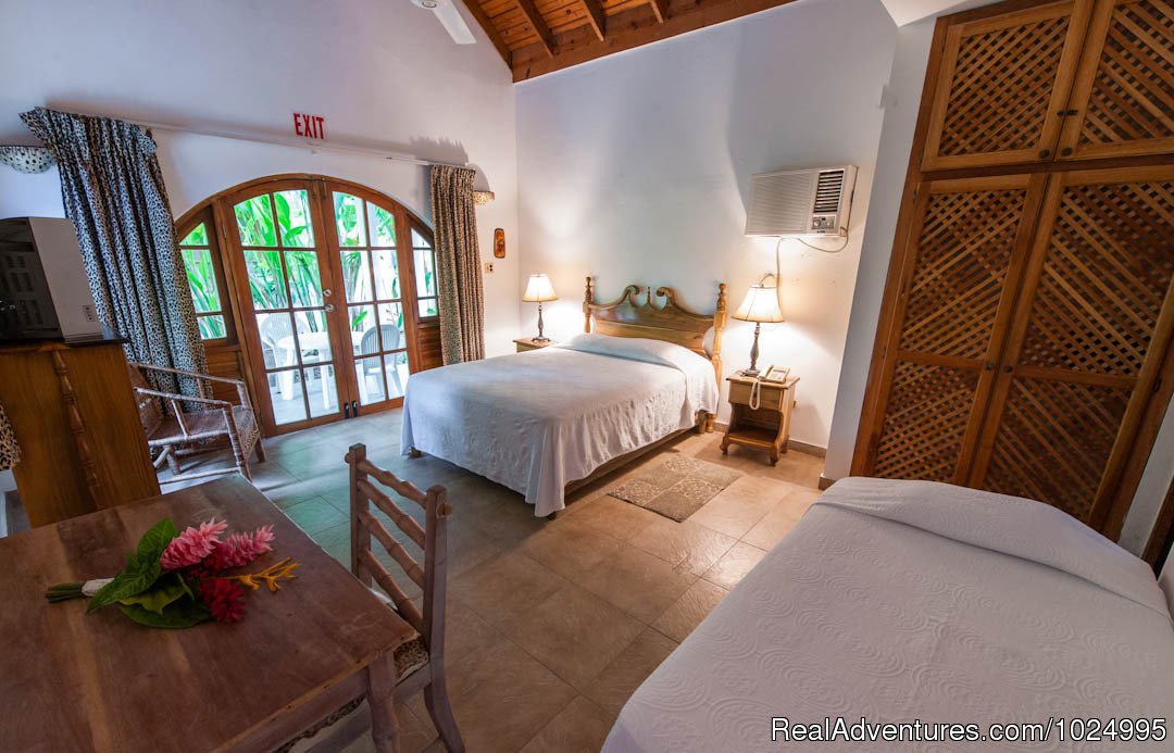 Lower Jungle House Bedroom 1 | Image #5/16 | Caribbean Castles at Beach House Villas