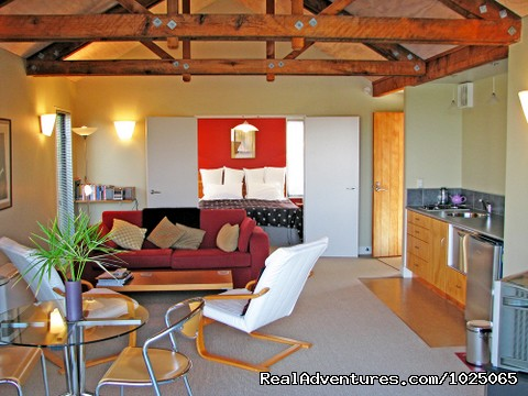 - Aporo Pondsiders  secluded Luxury Cottages