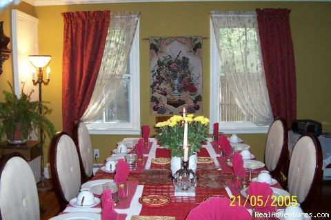 The Formal Dining Room at Arbor View House Bed & Breakfast - B&B Romantic Getaway near Greenport | Arbor View