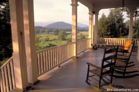 Relaxing With a View - Georgia Wine Country Excursion
