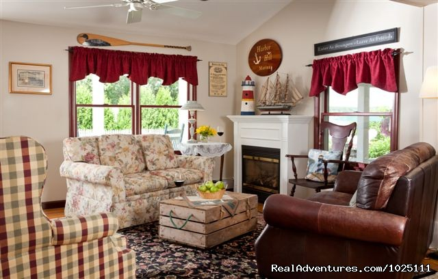 Guest Gathering Room - Romantic Waterfront B&B near Mystic and Casinos