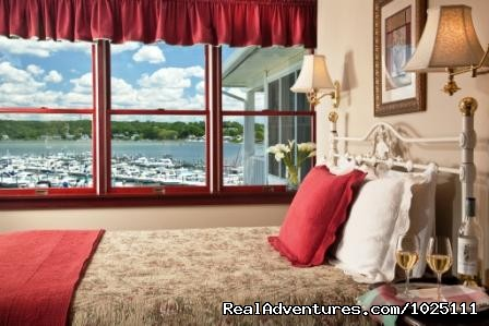 New London Ledge - Room 6 - Romantic Waterfront B&B near Mystic and Casinos