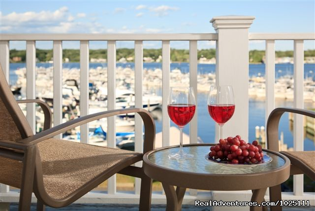 Cheers! (#7 of 12) - Romantic Waterfront B&B near Mystic and Casinos