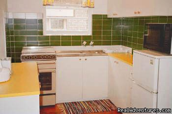 Full Kitchen - Mayfair - charming and comfortable