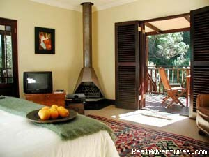 Skylight Suite - Hout Bay Hideaway a small luxurious guest house