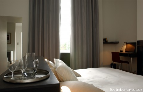Room 2 - Antwerpen-Bed and Breakfast-HET SINGELHUIS