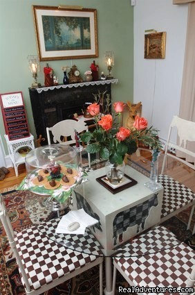 Delicious breakfasts are enjoyed in the breakfast room - Stirling House Bed and Breakfast - Greenport NY