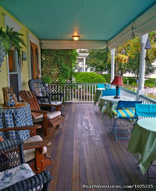 Wine tastings - Stirling House Bed and Breakfast - Greenport NY
