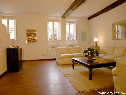 Living-room - opposite view - Apartments in Rome  - Vicolo delle Palle (PA2)