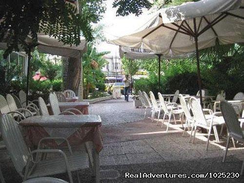 Redestrian Cafe (#9 of 15) - Hotel Rio Athens