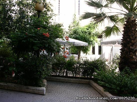 Pedestrian Cafe - Hotel Rio Athens