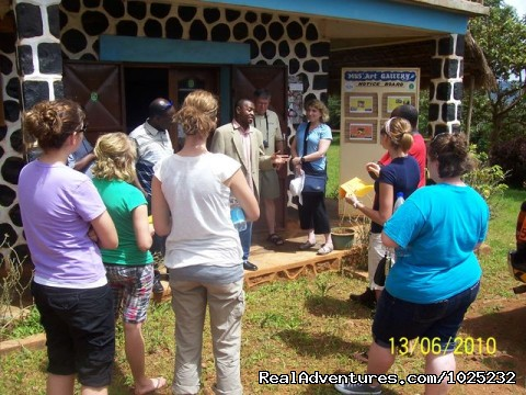 Mus'Art Gallery, Introducing Museum to Tourists - Mus'Art Gallery: Grass-fields Arts Museum Cameroon