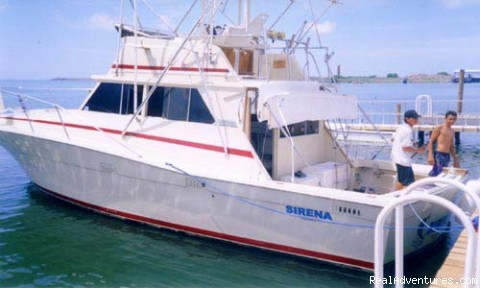 La Sirena - our 35ft. Viking - Guatemala Sport Fishing