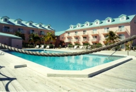 Large freshwater pool - Caribe Sands Beach Resort - Dive Cayman Brac