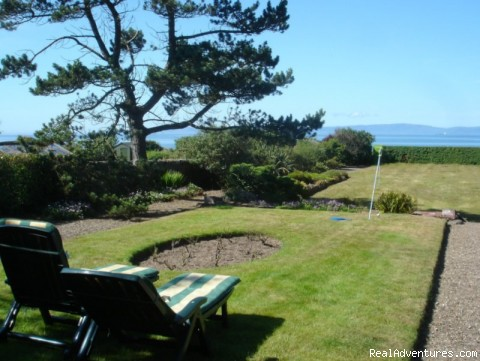 South-facing garden at Carlton Seamill - Fabulous Views Of The Isle Of Arran