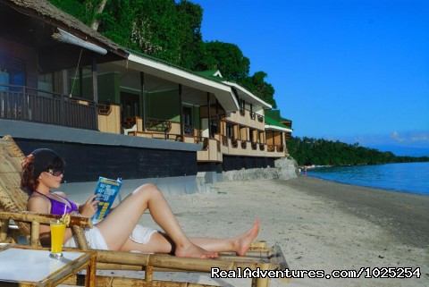 - Bastianos Bunaken Diving Resort