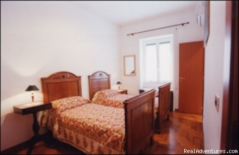 Room 2 - F&F bed and breakfast Rome