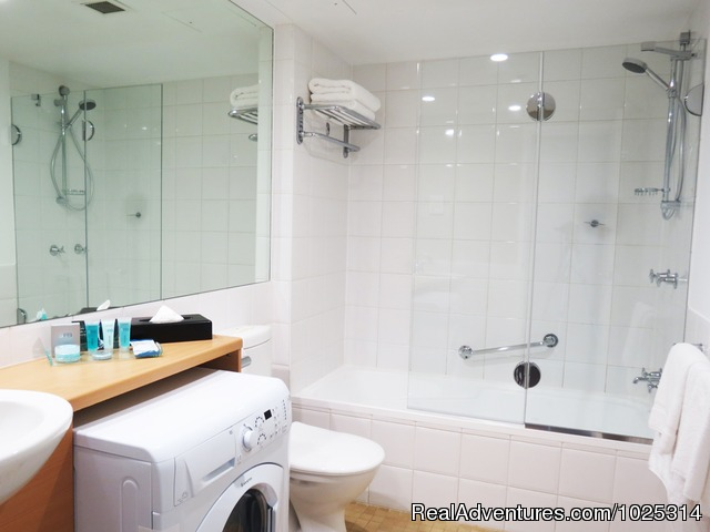 Full Bathrooms - Parramatta Waldorf Apartment Hotel Sydney
