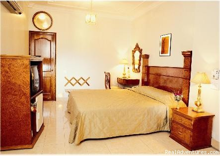 Mahesh (Room) - Bajaj Indian Home Stay
